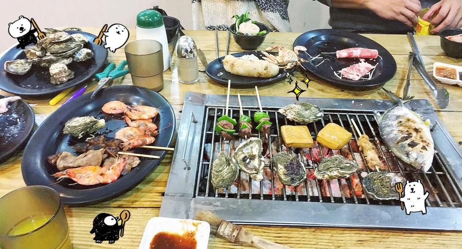 宜蘭壯圍美食 海世界複合式碳烤 碳烤小火鍋吃到飽 整條的鮮魚燒肉自助吧 火烤兩吃