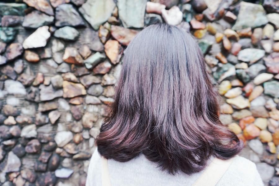 捷運中山站美髮 Bon Bon Hair Design Studio 自然的髮尾捲毛 俏皮短劉海 我回來了 ♥♥♥