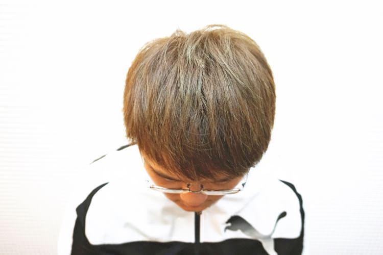 捷運中山站美髮 | Bon Bon Hair Design Studio 男生染髮 淺咖啡帶點綠 夢幻漸層系列