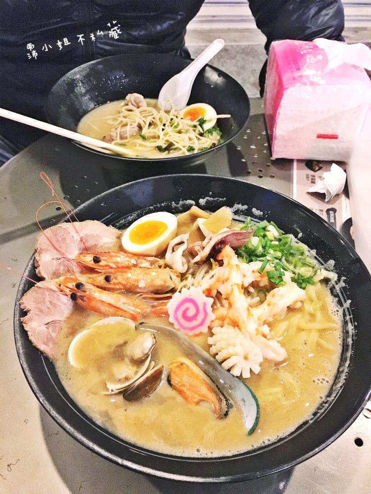 台中中區美食 Butabako 博多豚箱 二店 中華路夜市 平價拉麵攤 來自日本九州人的老闆 道地九州風味豚骨拉麵 中華路二段美食