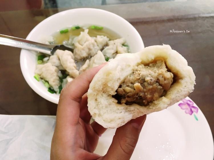 台中西區美食 第二市場 肉包 餛飩湯 向上市場早餐美食 清爽的早午餐好選擇 好吃肉肉餡就在這裡啦