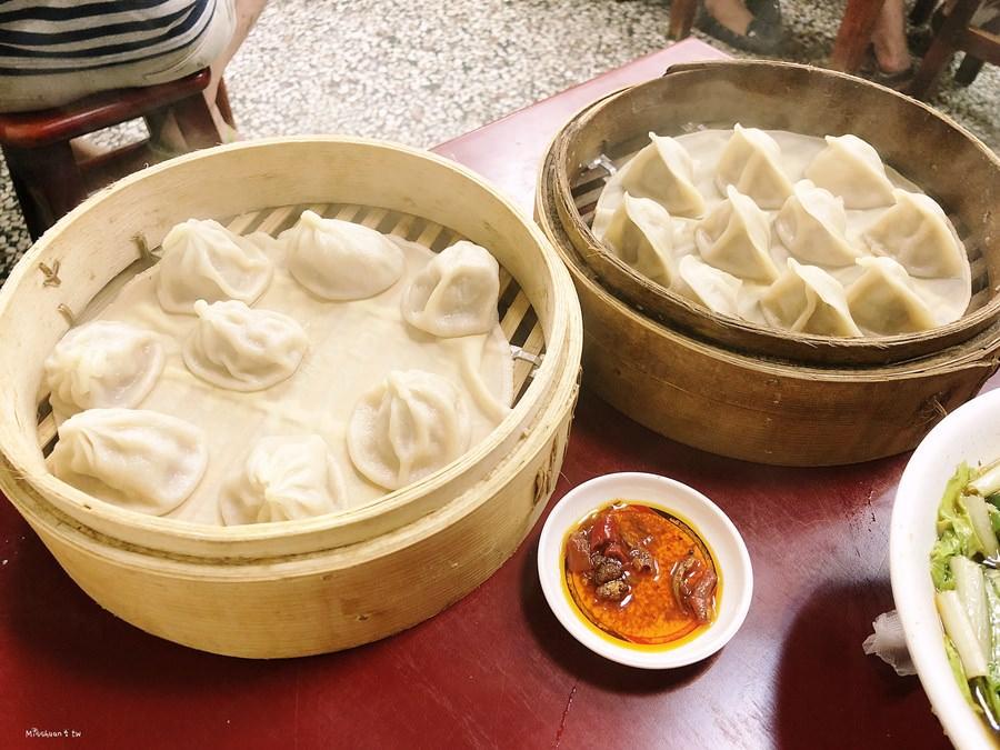 台中南屯美食 李品蒸餃世家 鮮肉蒸餃 上海湯包 牛肉麵 炒飯 湯麵 熱湯 小菜 向心南路