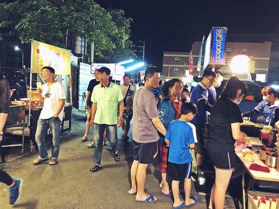 台中清水美食景點 清水夜市 民享三街 僅營業星期三四六日 吃喝玩樂都有 停車方便