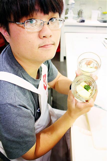 你知我知廚藝學院 法國干邑快炒牛小排配夏季蔬菜 嫩煎雞腿拌炒奶油青醬義大利麵