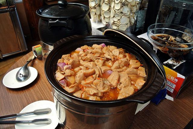 台中新社美食 | 菇神景觀複合式餐廳 菇神餐廳擅長養生菇類料理 與菇農合作 每天鮮採立即送到店內料理