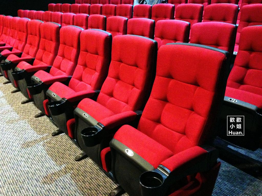 台北松山景點 新民生戲院 首輪電影院 稅變的老戲院